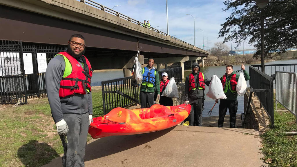 Keep Waco Beautiful Gives Back on Martin Luther King Jr. Day