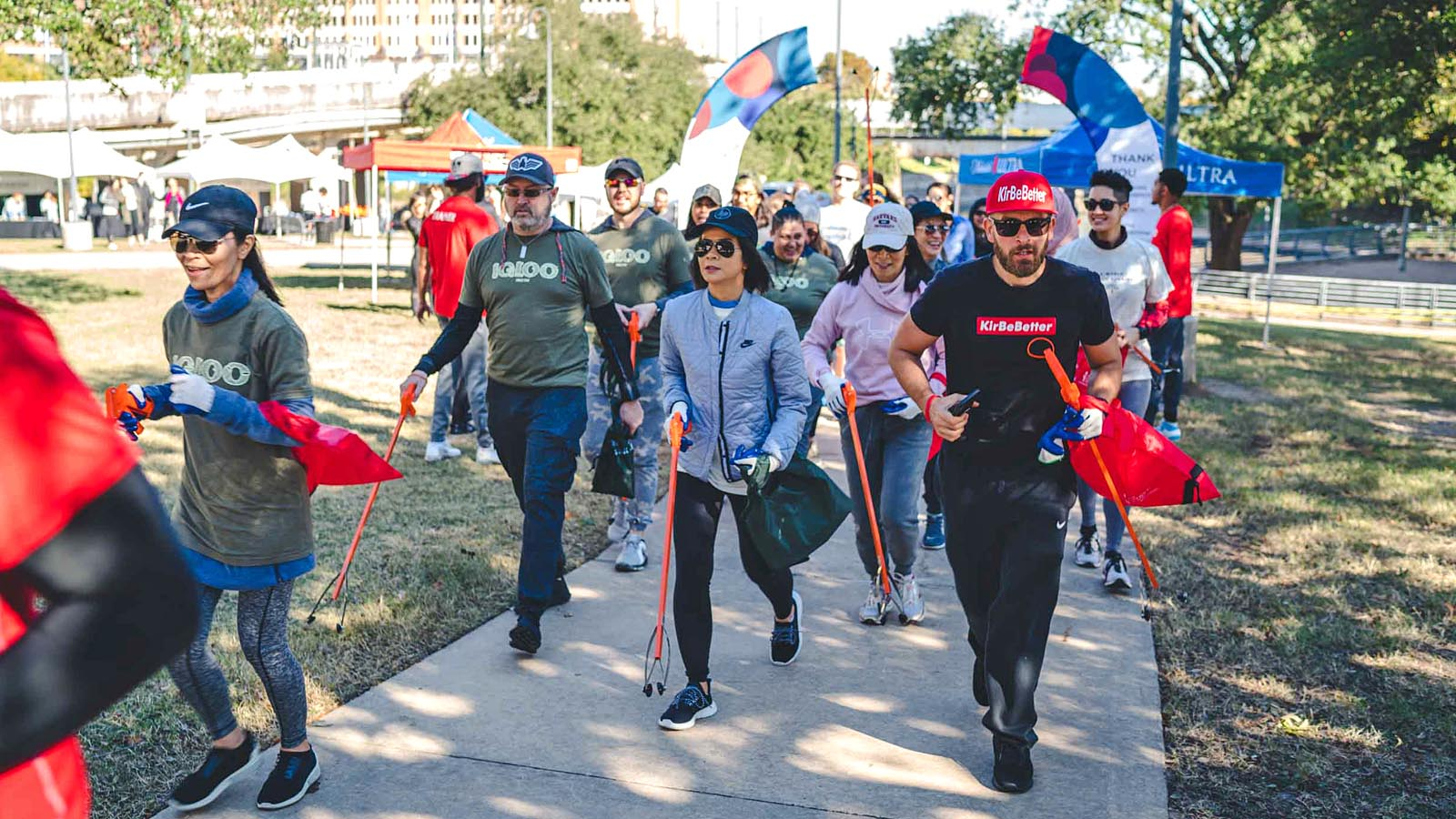 More than 75 People 'Plog' the Streets of Houston as Part of Joint Event with Keep America Beautiful and Michelob ULTRA