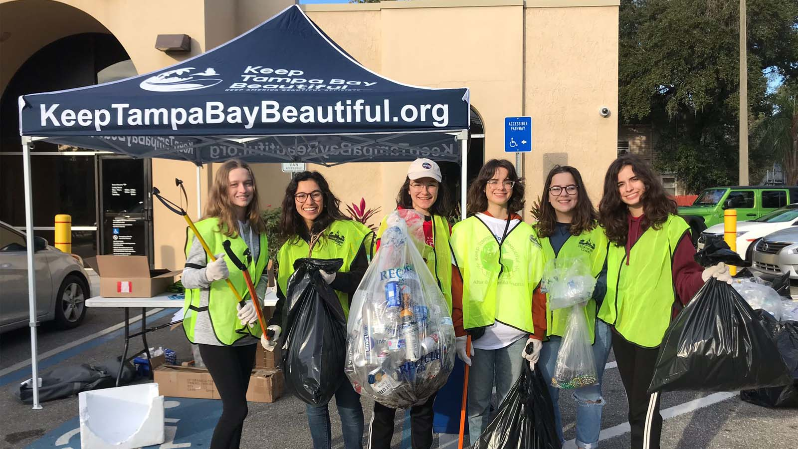 Keep Tampa Bay Beautiful Cleans Up After Partying Pirates