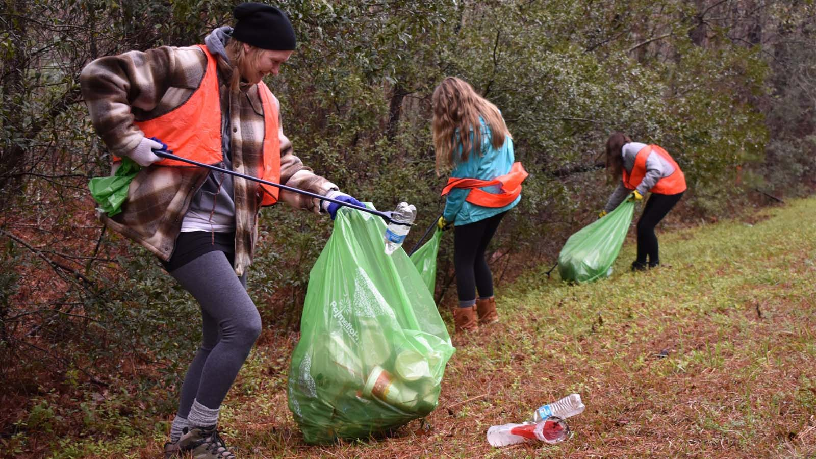 South Carolina Groups Clean Up National Forest