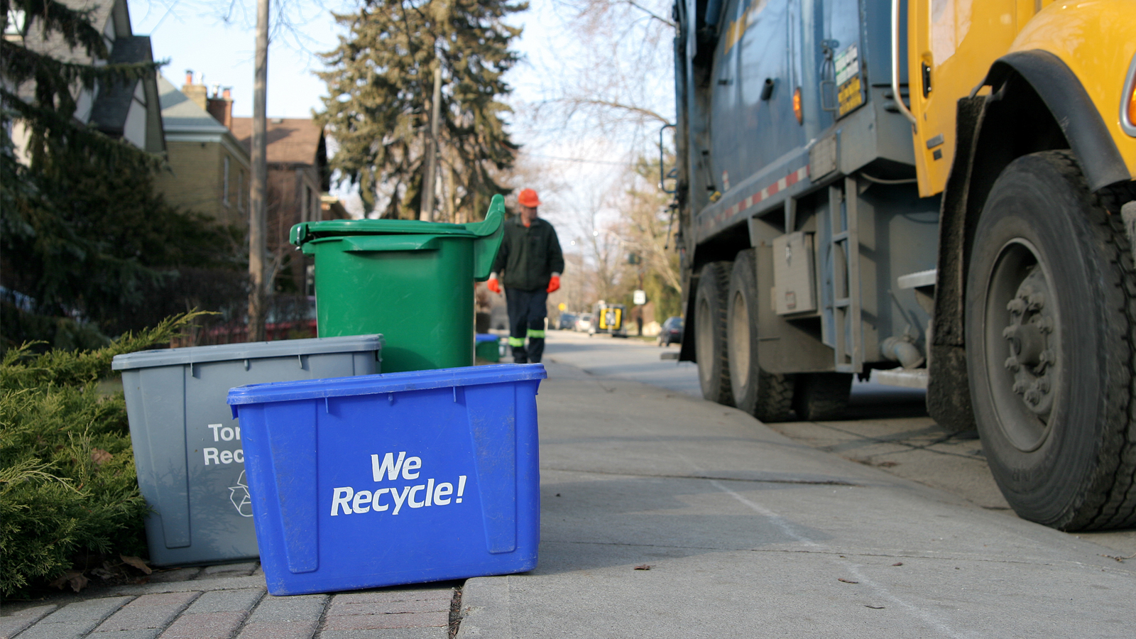10 Tips to Recycle More Every Day