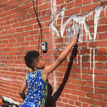 Georgia 2nd Grader Does His Part to Clean Up Community
