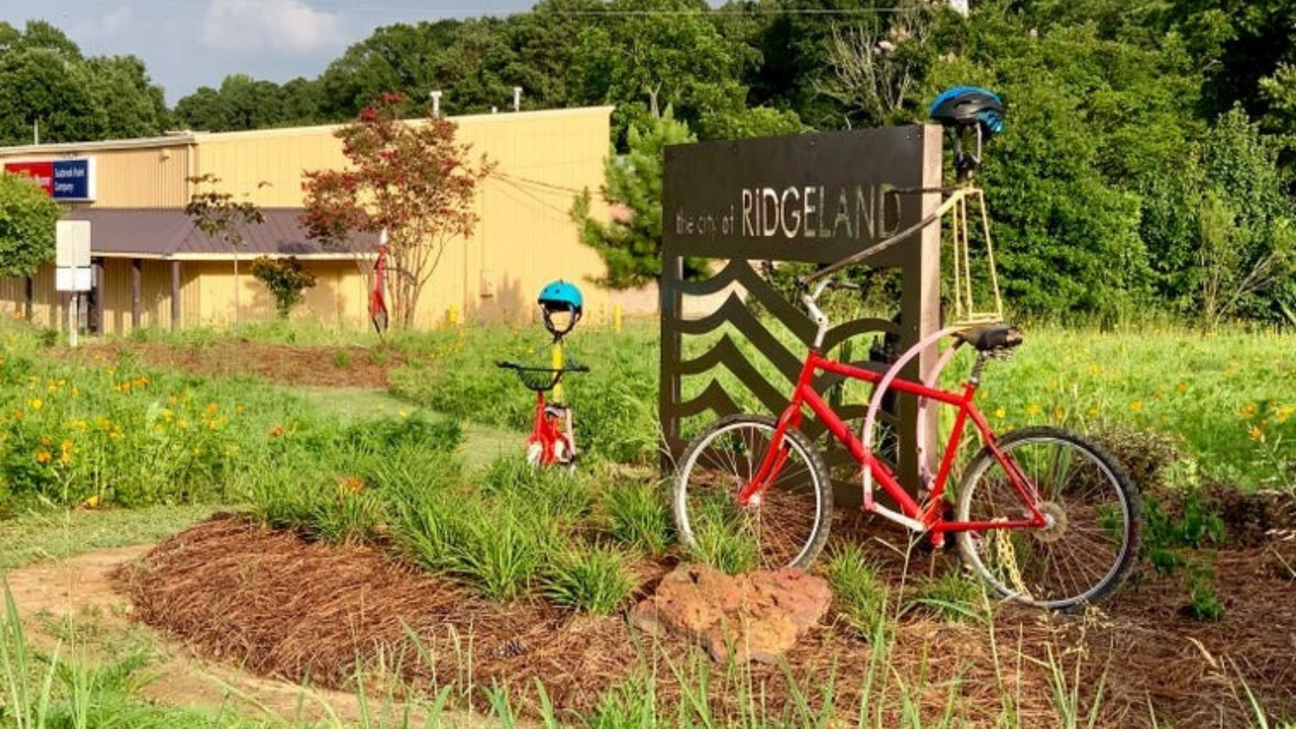 Keep Ridgeland Beautiful Transforms Bland Spaces into Beautiful Places