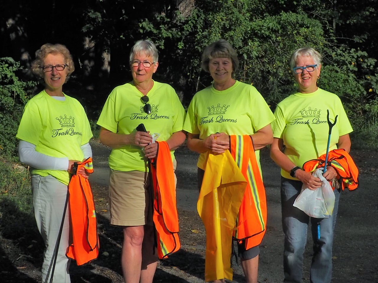 """Meet the """"Trash Queens"""": Leading the Way in Litter Cleanup on Their Daily Walk"""